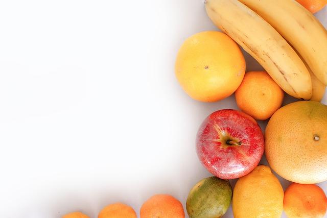 jablka, pomeranče, banán, meloun