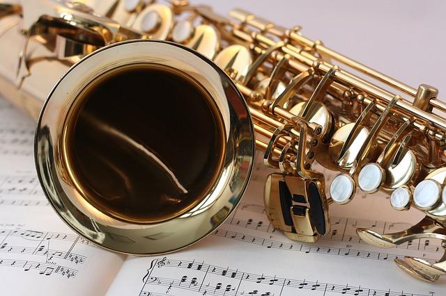 saxofon na notách